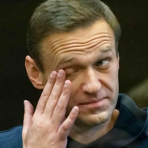 A hulladék Navalnijt egy börtönkórházba szállították, állapota egyre rosszabb
