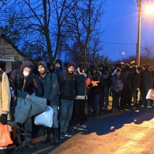 Félnek a délvidéki magyarok a migránsoktól – hangzott el a belgrádi parlamentben - Videó