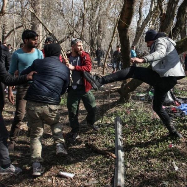 A magyar államon nyerészkednek a migránsokat Strasbourgban védő szervezetek