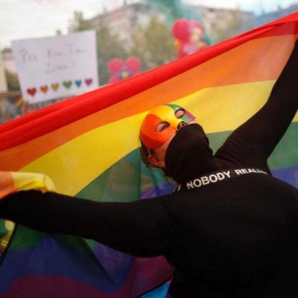 A nyugati országok szerint Ukrajnában csak a homoszexuálisok jogai sérülnek,a magyarok jogai rendben vannak