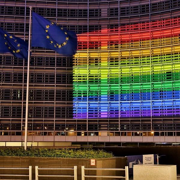 A homofóbia elleni kiállásra szólít fel az Európai Unió