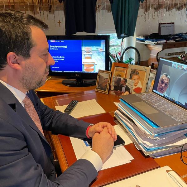 Telefonon és videókapcsolat keretében is beszélt egymással Orbán Viktor és Matteo Salvini
