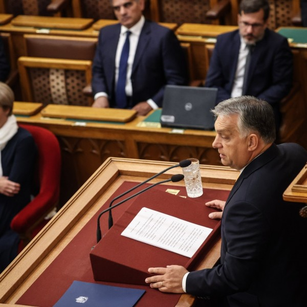 Orbán keményen üzent: Nem az EU fog dönteni gyerekeinkről