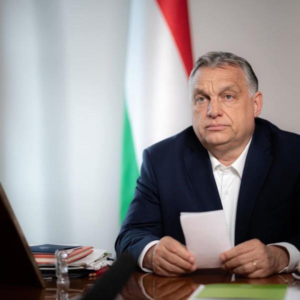 Orbán Viktor bejelentésre készül
