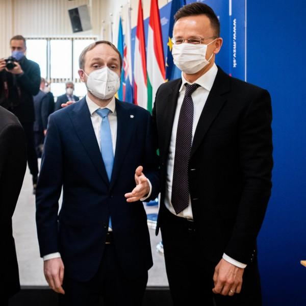 Szijjártó Péter bejelentette, hogy Csehországba is szabadon utazhatnak a beoltott magyarok