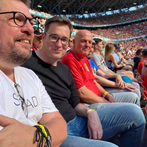 Kétszínűek: Kamu Geri úgy örül az újabb magyar aranynak, mintha nem ő zsarolna az atlétikai világbajnoksággal