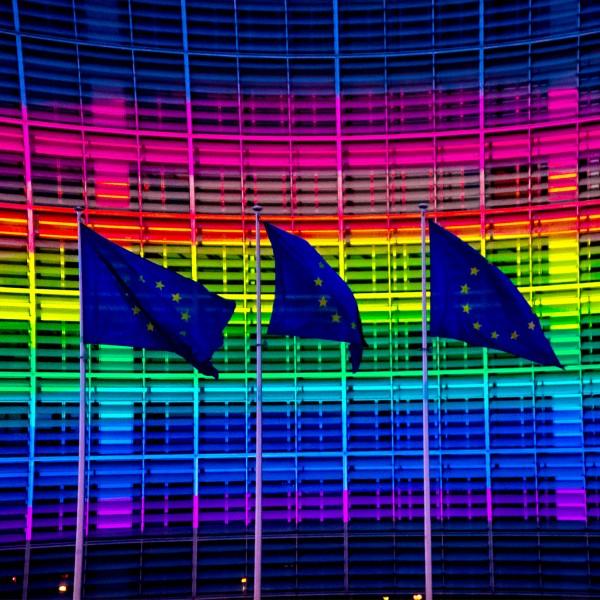Már meg is jött az Európai Bizottság levele a magyar pedofiltörvény miatt