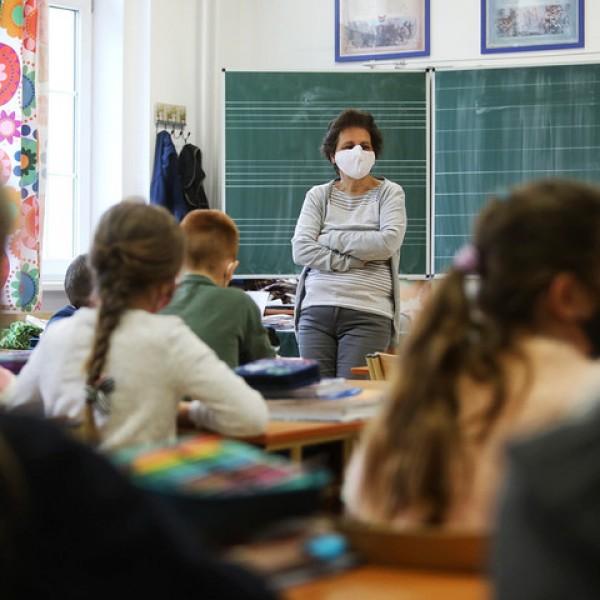 Hiába vergődött a PDSZ, a tanárok 99 százaléka felvette hétfőn a munkát