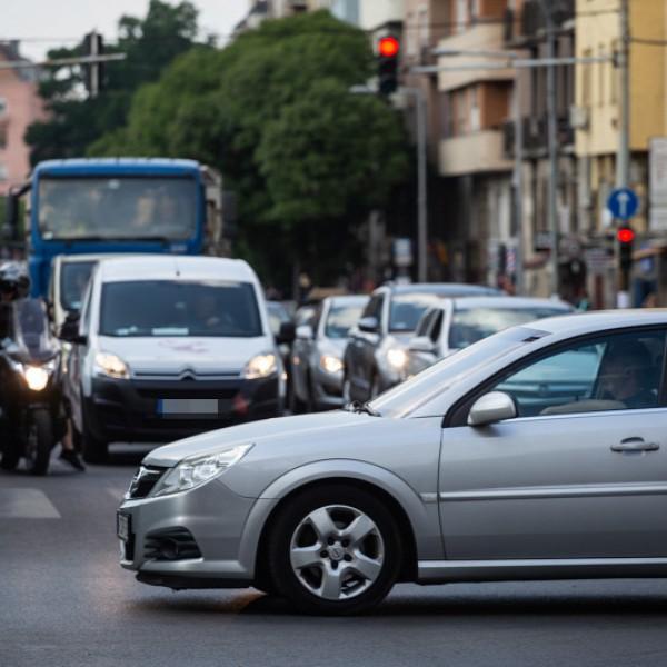 Elég volt! A Magyar Autóklub üzent Kamu Gerinek