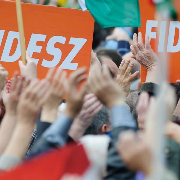 Tovább nőtt a Fidesz támogatottsága a baloldallal szemben