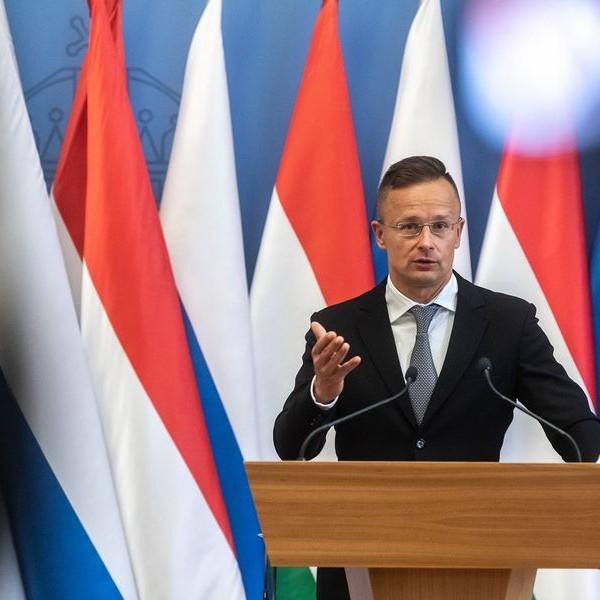 Szijjártó: Aláírásra került az újabb hosszú távú gázvásárlási szerződés a Gazprommal
