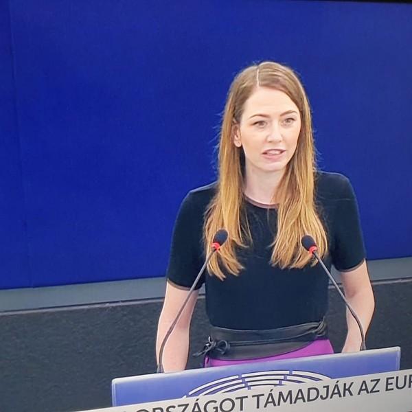 Donáth nevű ügynök ismét Magyarországot támadja az Európai Parlamentben - Videó