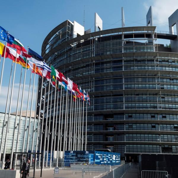Perre megy az Európai Parlament, mert még mindig nem indult jogállamisági eljárás a magyar és a lengyel kormány ellen