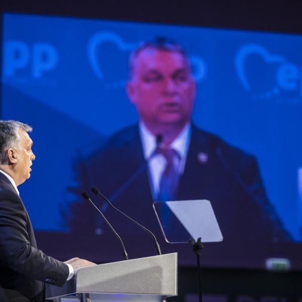 Itt a vége! A Fidesz azonnal távozik az Európai Néppárt frakciójából