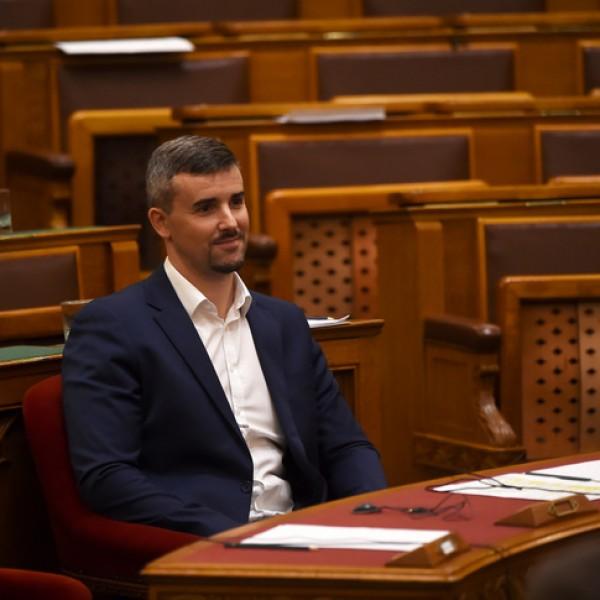 Ma 18 éves a Jobbik - Jakab úgy érzi, hogy mostanra értek meg a kormányváltásra