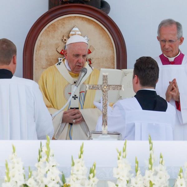 Ferenc pápa: megérintett a magyarok családvédelme, ökumenikus kézsége
