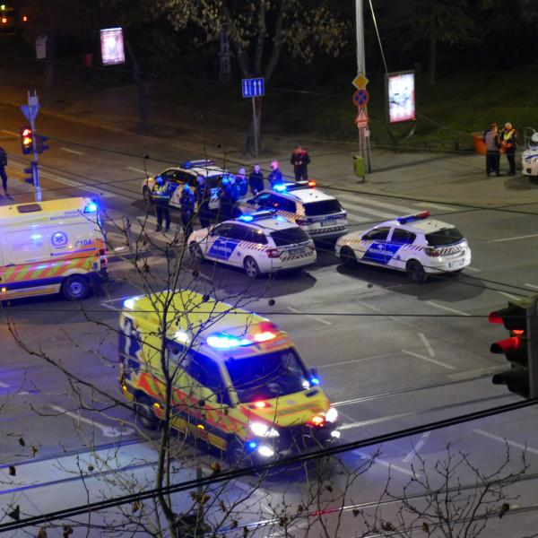 Megkéselt két részeg fiatalt egy budapesti buszsofőr