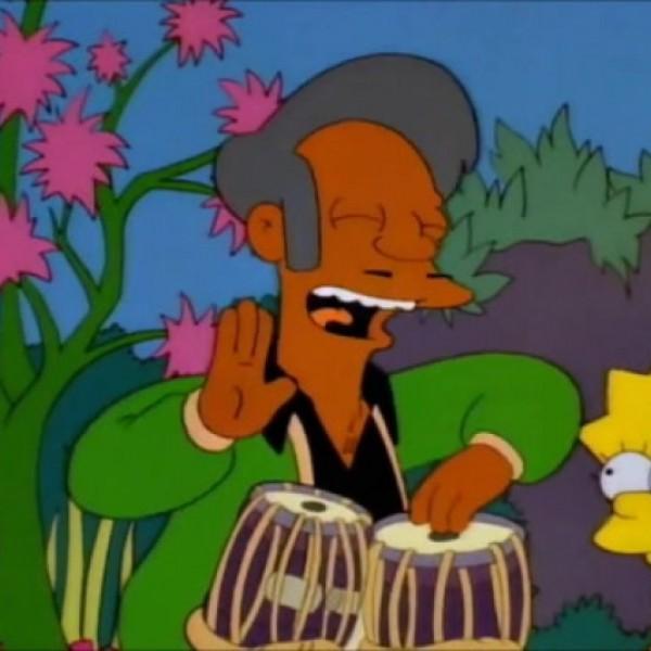 Bocsánatot kér a színész, mert fehérként Apu hangja volt a Simpson családban