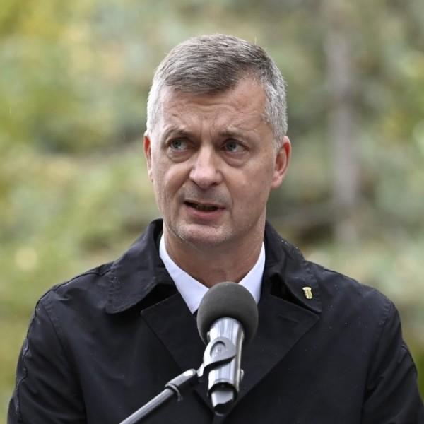 Kubatov eligazította a jobbikos bohócot: Stummer János még éjjeliőrnek sem való