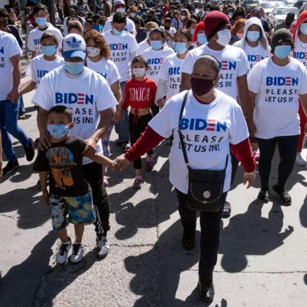 Milliárdokat kaszálnak az USA-ba tartó migránsokon az embercsempészek