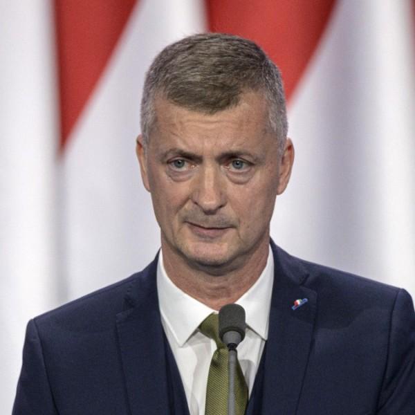Kubatov megunta: Feljelenti a jobbikos bohócot, Stummer Jánost