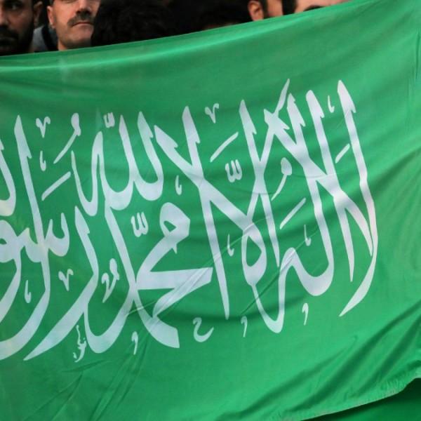 Betiltják Németországban a Hamász lobogóját