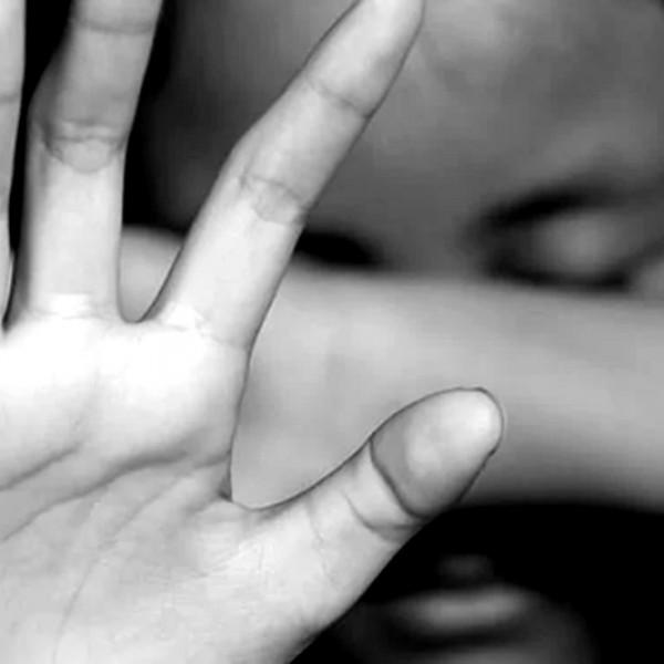 Hétszázötvenezer pedofil szinte folyamatosan aktív a neten