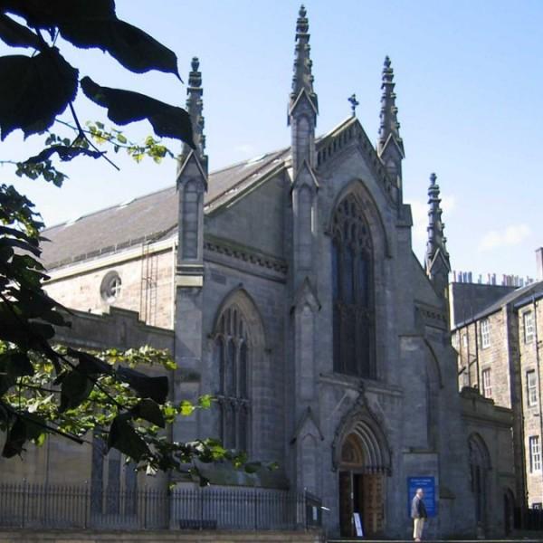 Lelkészre támadtak egy skót katedrálisban