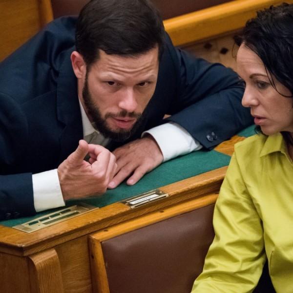 Szabó Tímea Facebookozik: A Fideszesek betegek