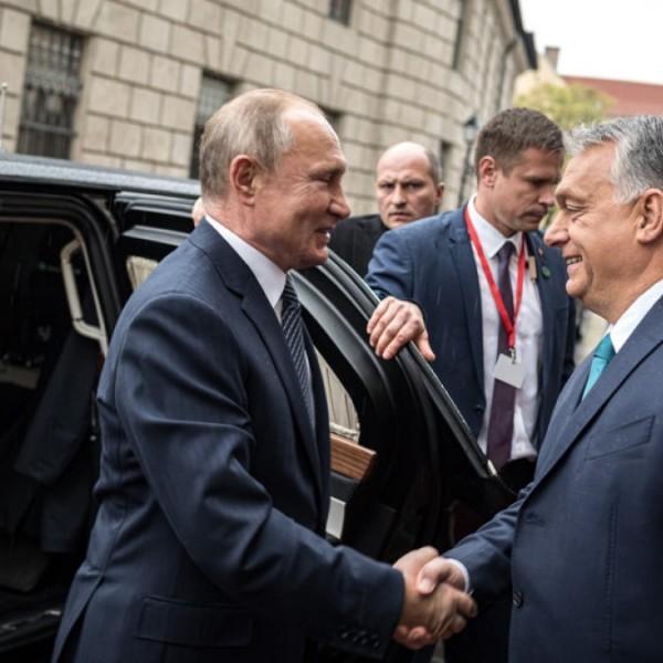 FeGyőr: Gratulálok Orbán Viktor és a Fidesz legfőbb példaképének, Vlagyimir Putyinnak