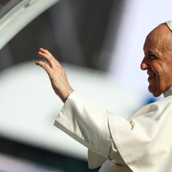 Ferenc pápa az európai gyökerekhez való visszatérésnek nevezte budapesti és szlovákiai látogatását