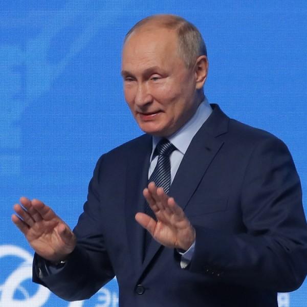 Putyin: Oroszországot az észszerű konzervativizmus fogja vezérelni