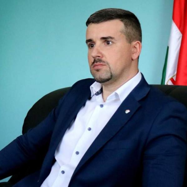 Dúró Dóra: Szegény Jakab Pétert lehúzta a közeg még 2010-ben