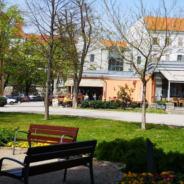 Életre kelt a Balaton: Keszthelytől Siófokig nyitottak a teraszok - Képes beszámoló