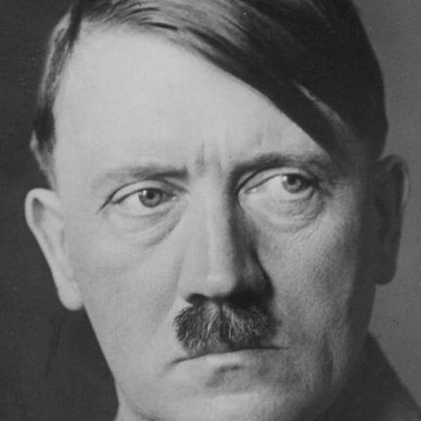 A büdös, mocskos, buzi németek kifütyülték a magyar himnuszt