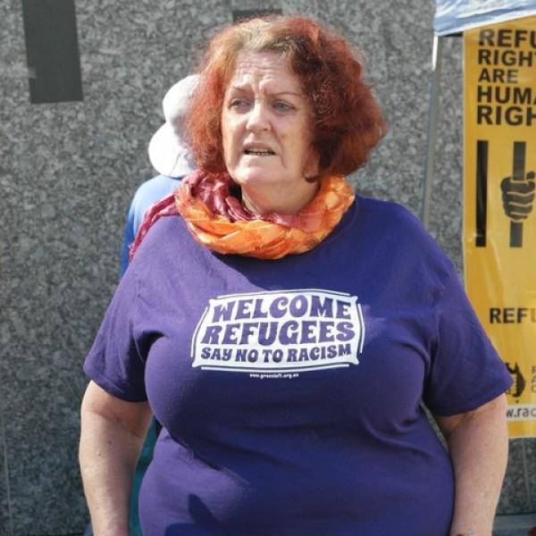 Most az illegális bevándorlással mosná át a fiatalok agyát az Amnesty