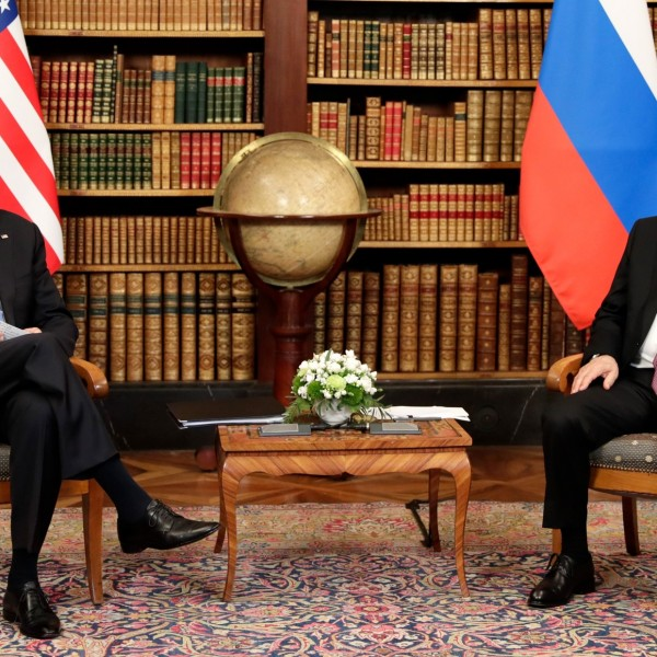 """Putyin válaszolt: """"az Egyesült Államok minden nap megöl valakit, és egy csapással százakat ölt meg Afganisztánban"""""""