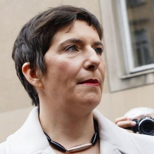 DK: A Dobrev-kormány azonnal rendezni fogja a mentősök fizetését