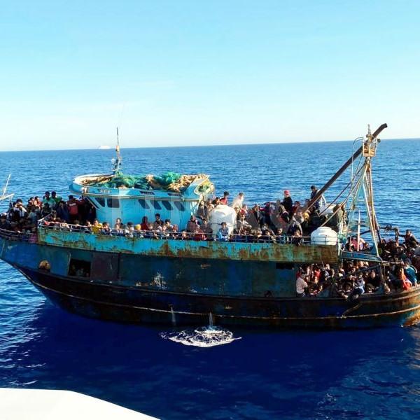 Lampedusa ismét zsúfolásig megtelt migránsokkal