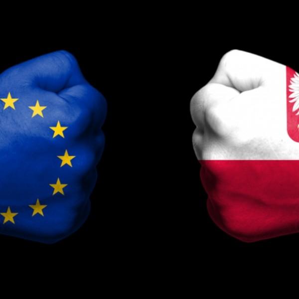 """""""A zsarolás nem a helyes út"""" - üzent a lengyel kormányszóvivő az EU-s büntetés után"""