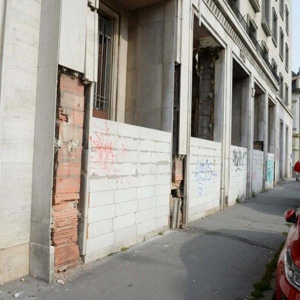 Hajléktalanok foglalták el az MSZP volt VIII. kerületi székházát