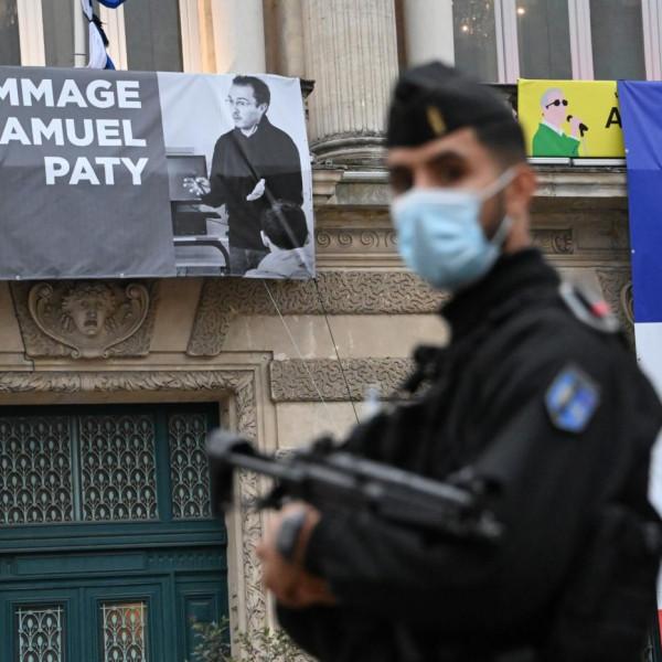 Egy muszlim tanítványának a hazugsága miatt fejezhették le a francia történelemtanárt