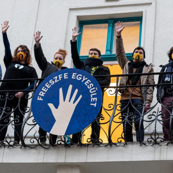 SZFE HÖK: Az egyetem polgárait súlyos veszteségek érték, szétszóródtak a diákok