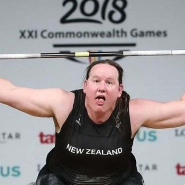 Dráma: Búcsúzik a transznemű súlyemelő, egyetlen gyakorlata sem volt érvényes