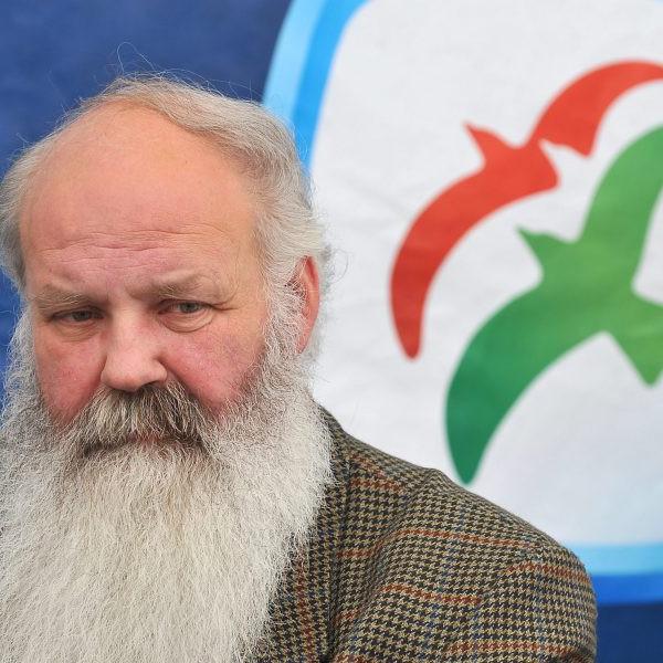 Dobrev Klárát támogatja Iványi Gábor az előválasztáson