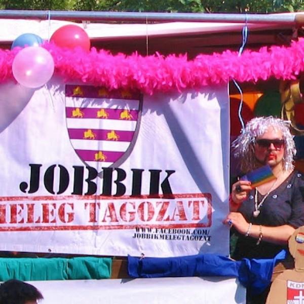 A Jobbik közleményben tudatja, minden tagjuk nyugodtan mehet a Pride-ra