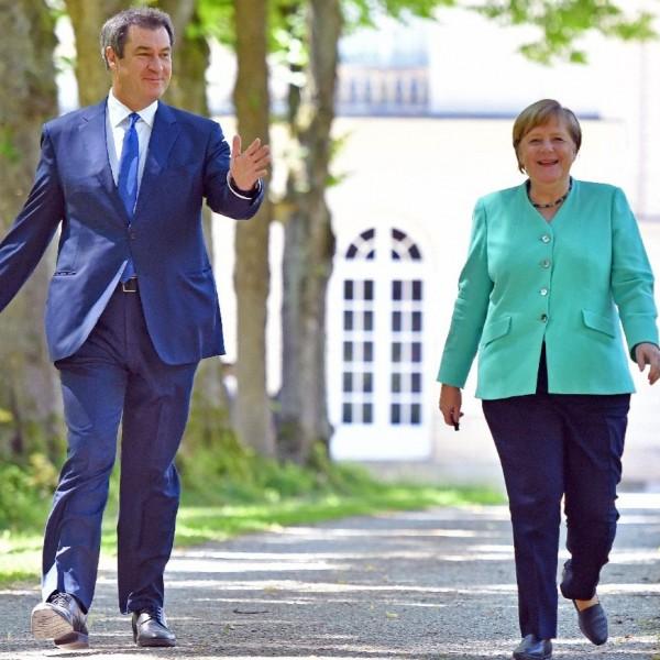 Drámai képet festett Merkel Németországáról a visszavonuló CSU-s politikus