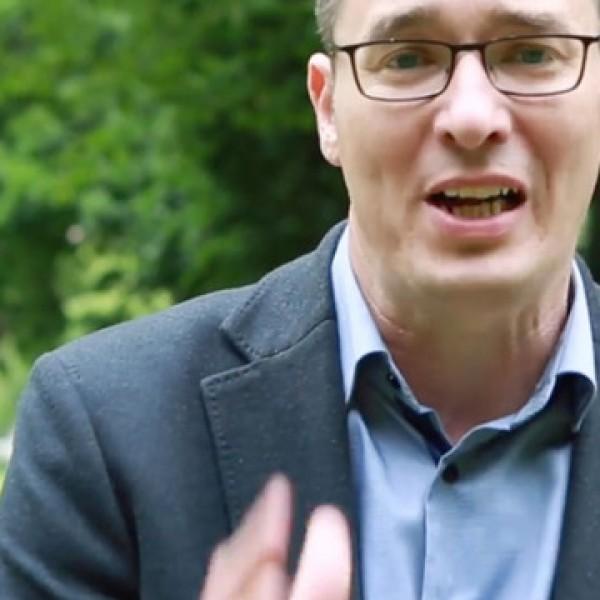 Kamu Geri egy csúfosan megbukott szlovák pártot másolhatott