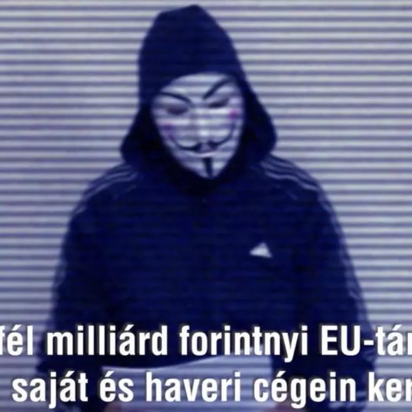 https://www.vadhajtasok.hu/2021/07/19/megjott-az-alarcos-alak-45-milliard-forintnyi-eu-s-tamogatast-zsebelt-be-egy-politikus-es-holdudvara