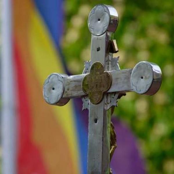 Amerikában már a keresztény iskolákat támadják az LMBTQ-lobbisták